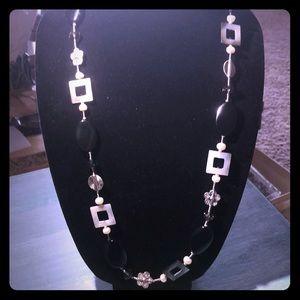 Premier designs Silvertone w/black beads  necklace